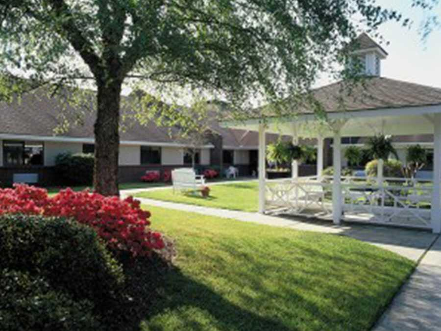 Photo of Liberty Commons of Onslow, Assisted Living, Jacksonville, NC 14
