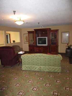 Photo of Marshfield Place, Assisted Living, Marshfield, MO 7