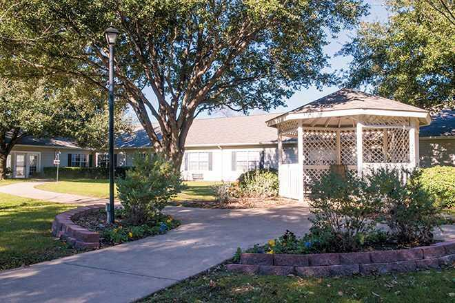 Photo of Brookdale Tanglewood Oaks, Assisted Living, Fort Worth, TX 1