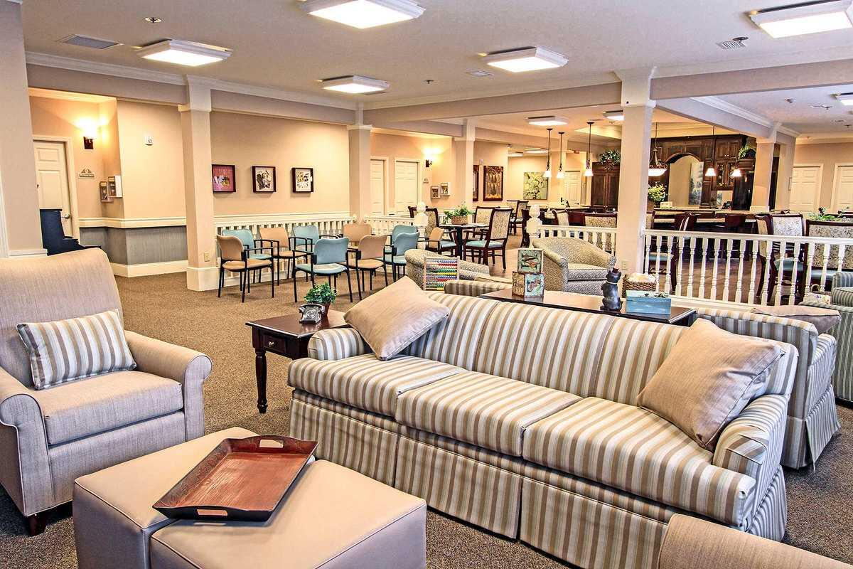 Photo of Benton House of Raymore, Assisted Living, Memory Care, Raymore, MO 12