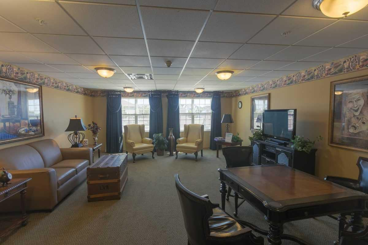Photo of Heritage Woods of Plainfield, Assisted Living, Plainfield, IL 7