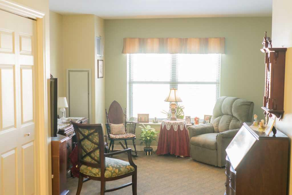 Photo of Paramount Senior Living at Middleburg Heights, Assisted Living, Middleburg Heights, OH 5