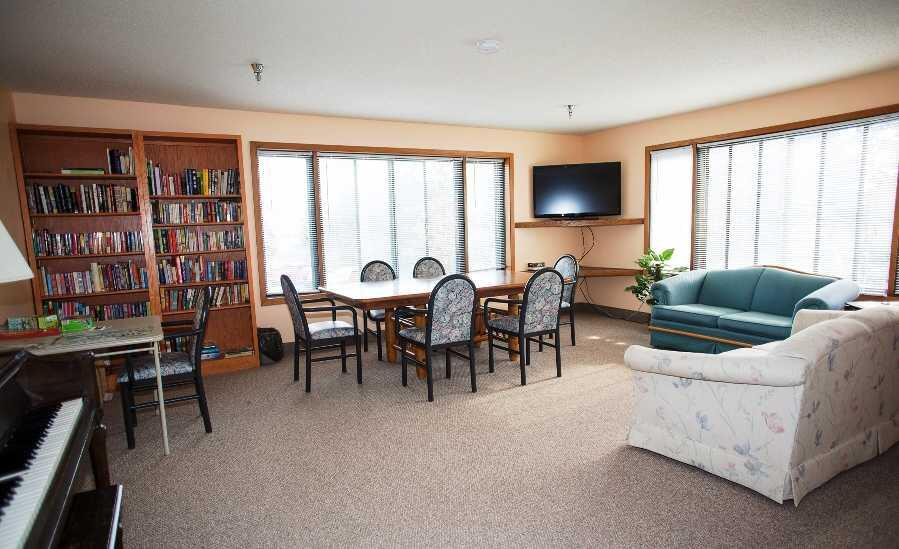 Photo of Carefree Living Burnsville, Assisted Living, Memory Care, Burnsville, MN 2