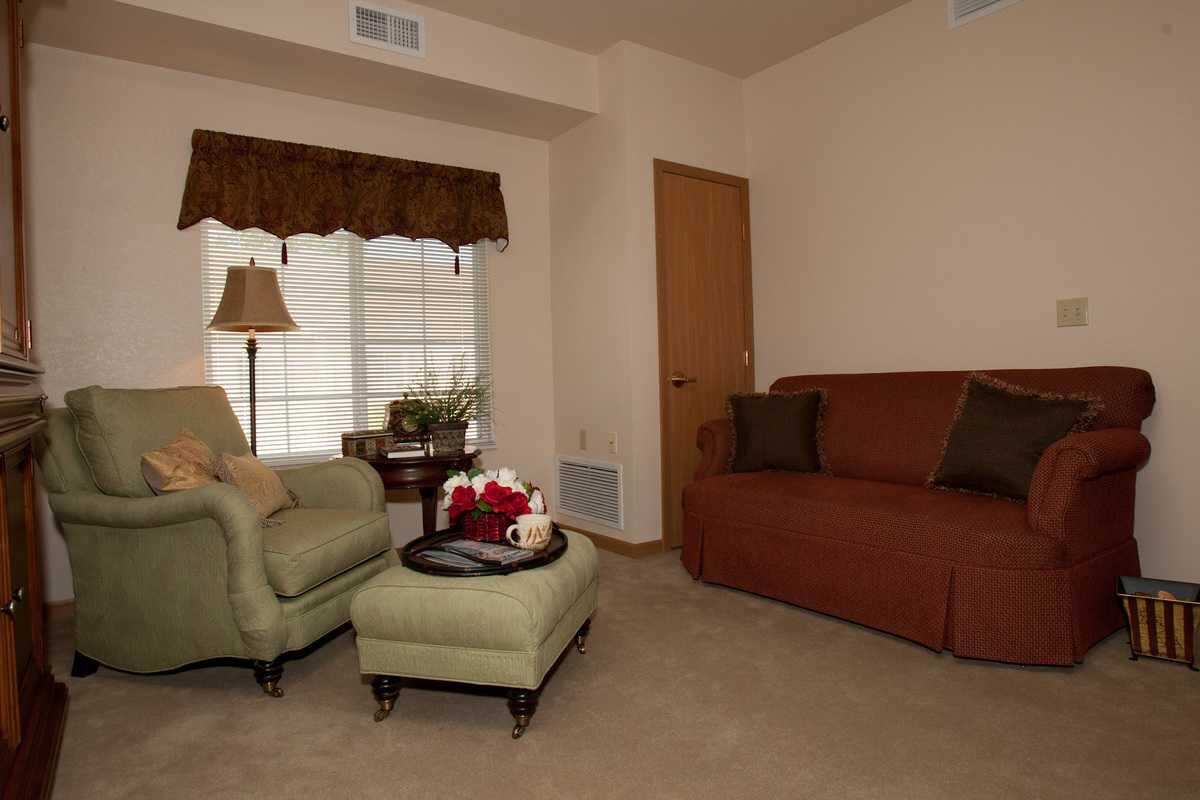 Thumbnail of Rose Estates Assisted Living Community, Assisted Living, Overland Park, KS 4
