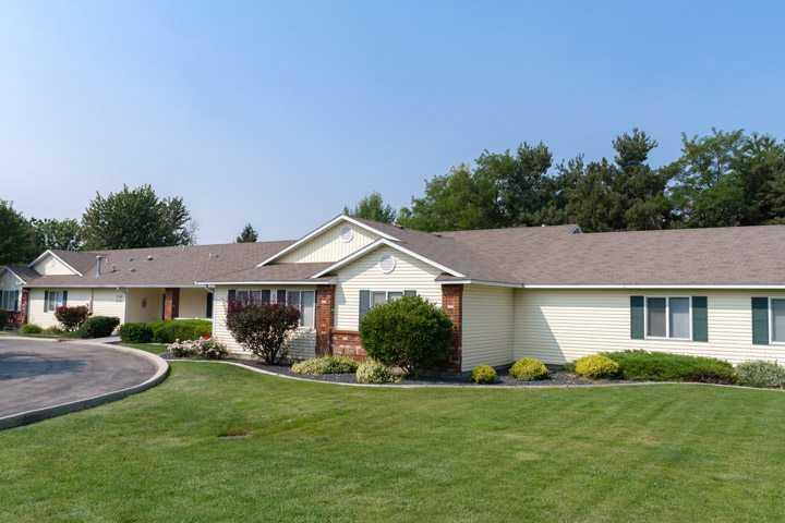 Photo of Ashley Manor - Hawthorne, Assisted Living, Memory Care, Chubbuck, ID 1