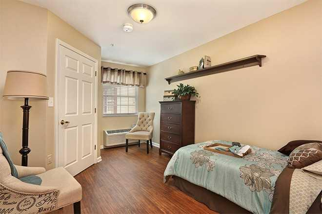 Photo of Brookdale College Square, Assisted Living, Overland Park, KS 5