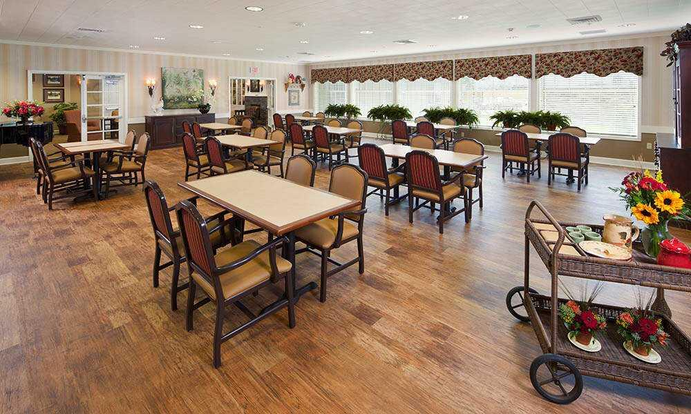 Photo of Maple Glen Memory Care, Assisted Living, Memory Care, Glen Ellyn, IL 5