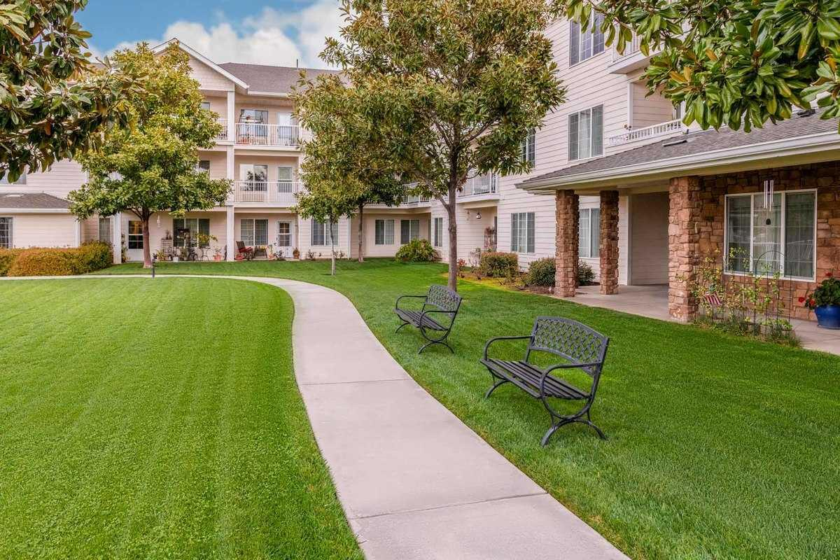 Photo of Mission Commons, Assisted Living, Redlands, CA 4