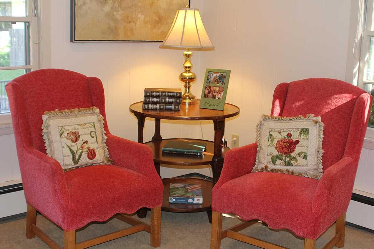 Photo of English Rose Suites - Interlachen, Assisted Living, Memory Care, Hopkins, MN 1