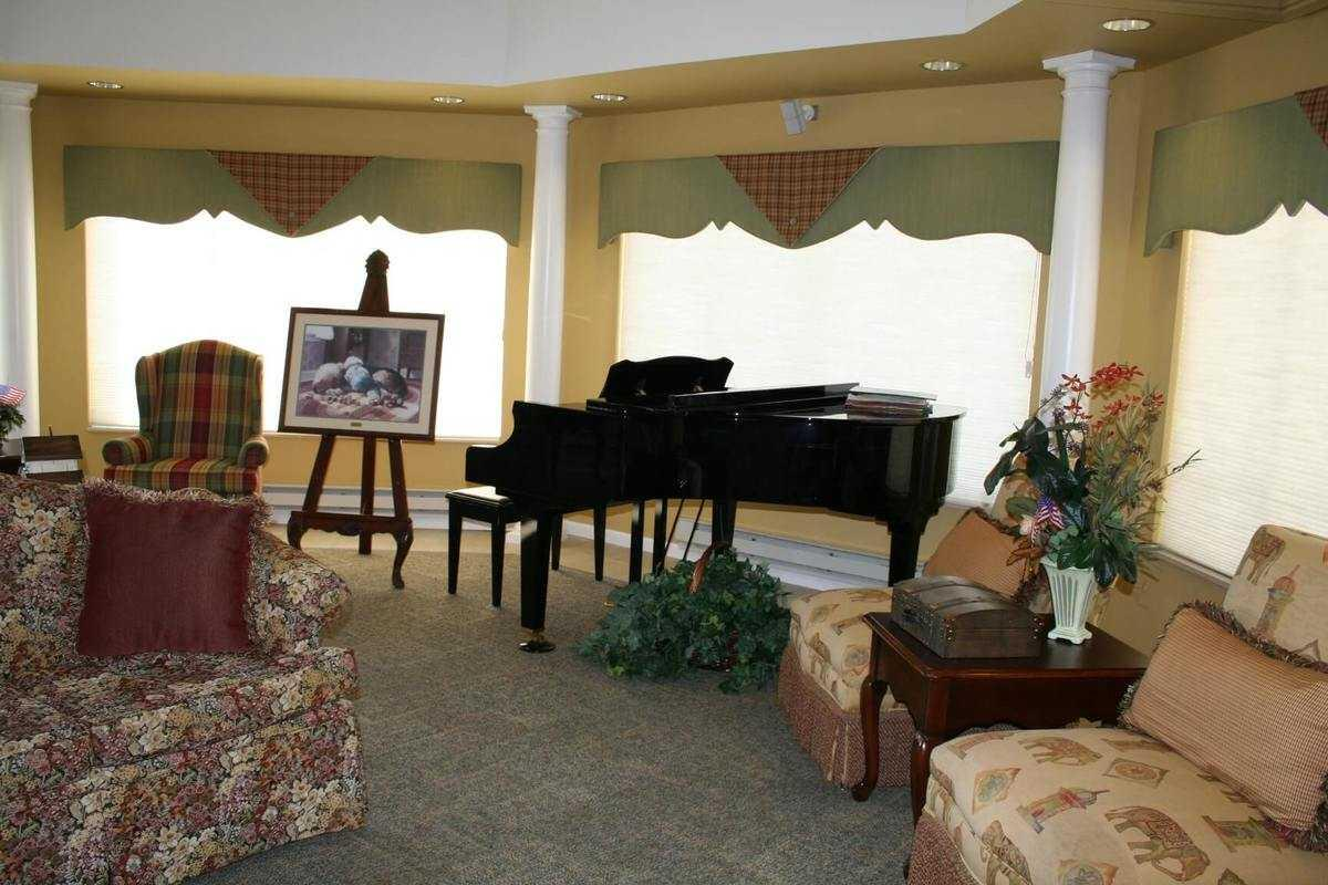 Photo of The Waterford at Williamsburg, Assisted Living, Lincoln, NE 4