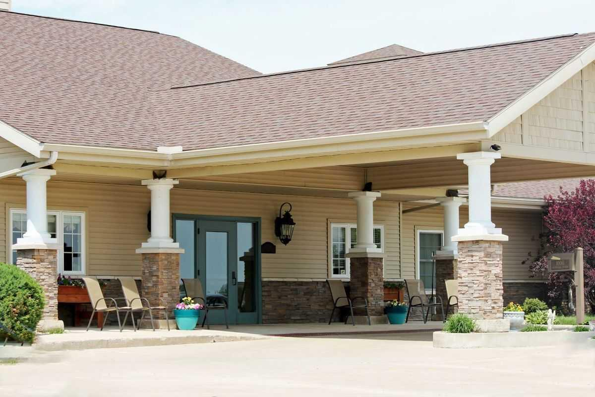 Photo of Courtyard Estates of Walcott, Assisted Living, Memory Care, Walcott, IA 1
