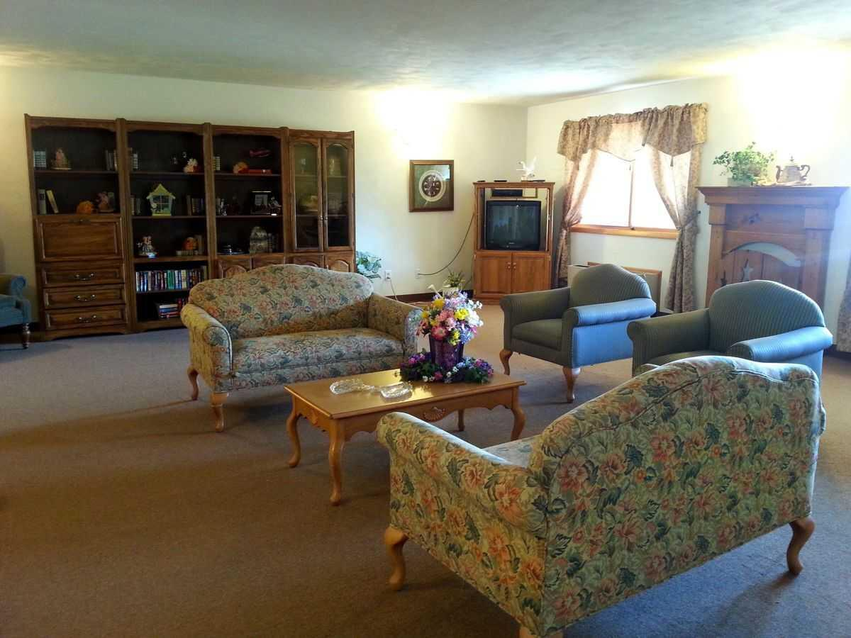 Photo of Courtyard Estates of Walcott, Assisted Living, Memory Care, Walcott, IA 9