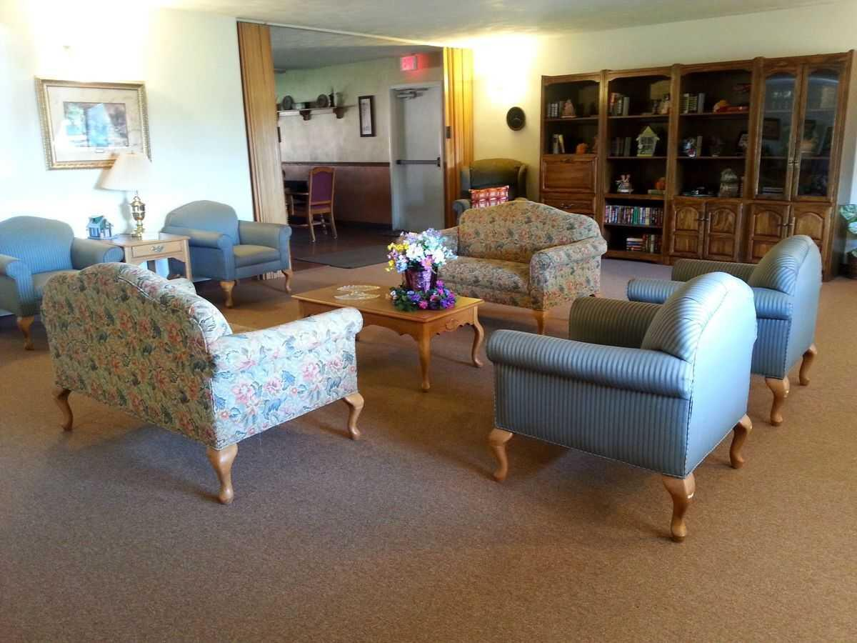 Photo of Courtyard Estates of Walcott, Assisted Living, Memory Care, Walcott, IA 10