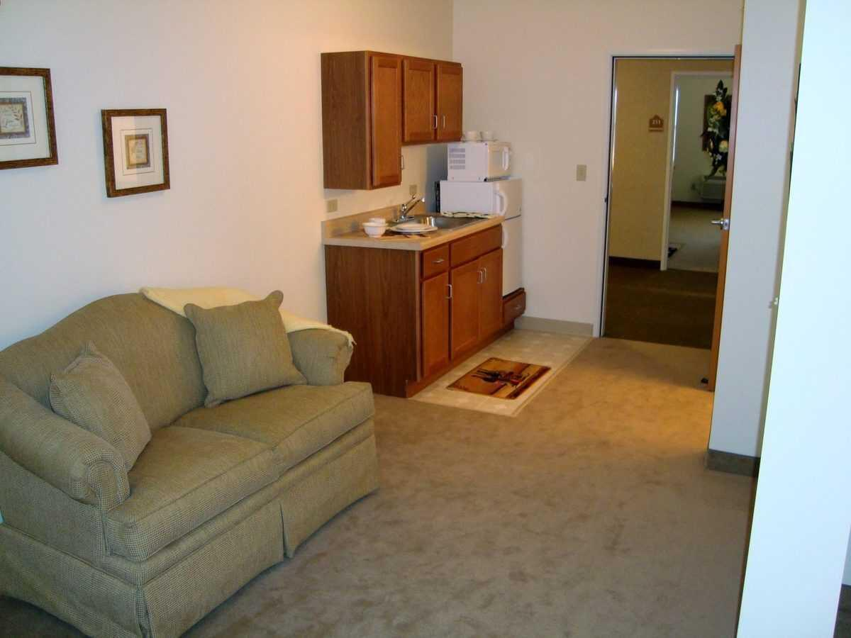 Photo of Heritage Woods of Bolingbrook, Assisted Living, Bolingbrook, IL 1