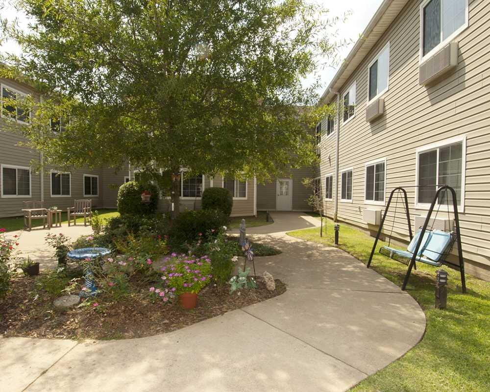 Photo of Garden Estates of Tyler, Assisted Living, Tyler, TX 8