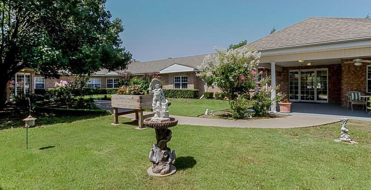 Photo of Harrison House, Assisted Living, Greenville, TX 6