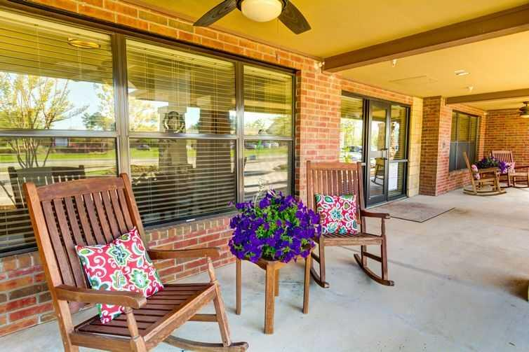 Photo of Oak Hills Terrace Memory Care, Assisted Living, Memory Care, Tyler, TX 11