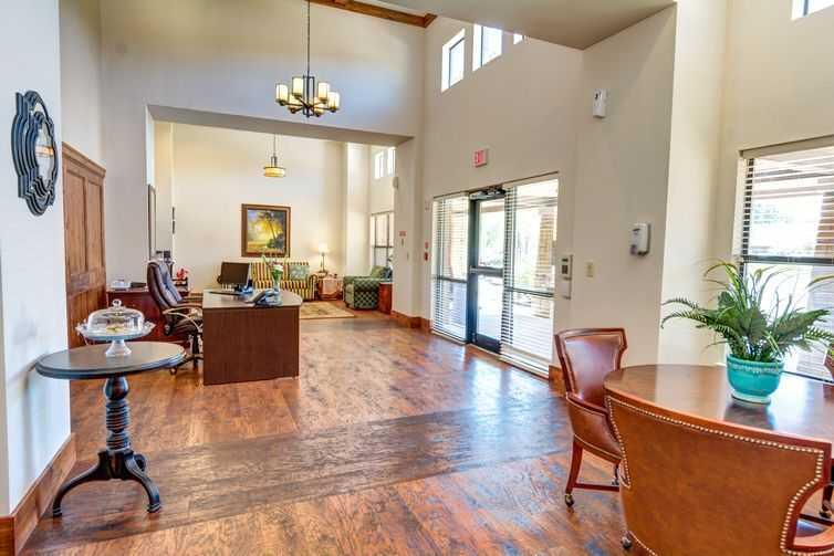 Photo of Oak Hills Terrace Memory Care, Assisted Living, Memory Care, Tyler, TX 13