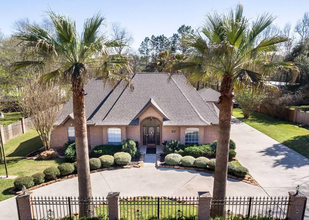 Photo of Royal Palms Senior Living, Assisted Living, Conroe, TX 3