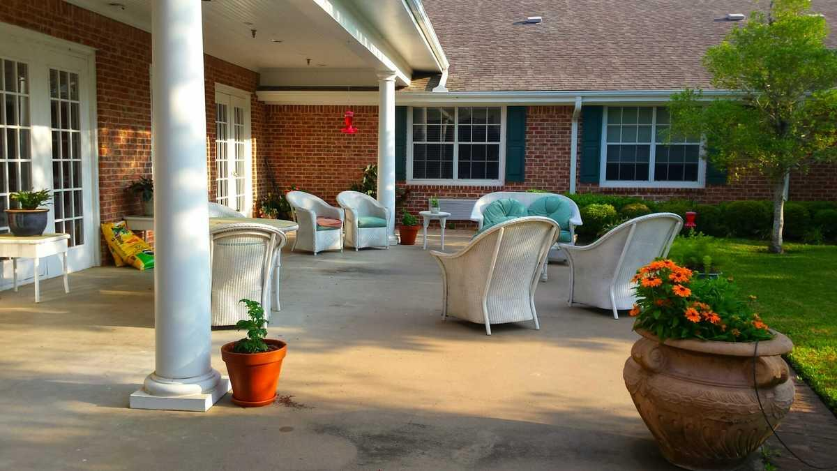 Photo of Columbus Oaks Healthcare Community, Assisted Living, Columbus, TX 4