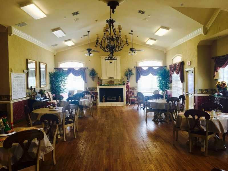 Photo of Colonial Lodge, Assisted Living, Greenville, TX 4