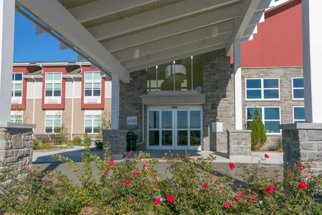 Photo of The Healthcare Resort of Topeka, Assisted Living, Topeka, KS 12