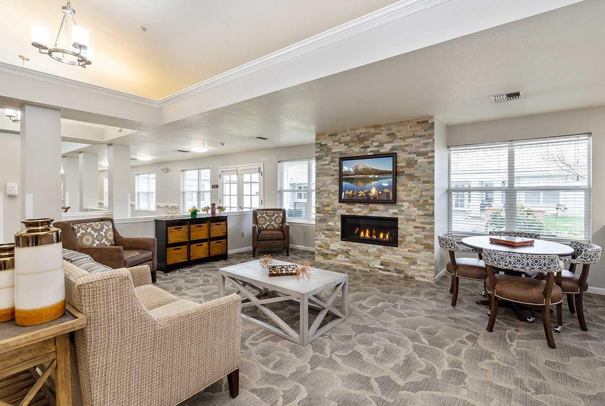 Photo of Suncrest Place, Assisted Living, Talent, OR 5